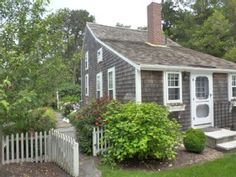 Adorable Cape Cod house we rented in Brewster... main house + grandma's cottage = 4 bedrooms, 3 full baths.