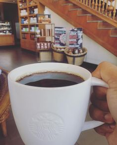 Forget love fall in coffee!  #eatoutdevout #starbucks