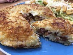 A Batata Rostie com Calabresa e Bacon é deliciosa, prática e é perfeita para a…