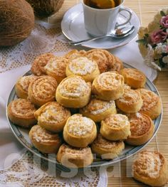 Lajos Mari konyhája - Kókuszos csiga Hungarian Desserts, Hungarian Cake, Hungarian Recipes, Waffle Cake, Eat Pray Love, My Recipes, Oreo, Waffles, Bakery