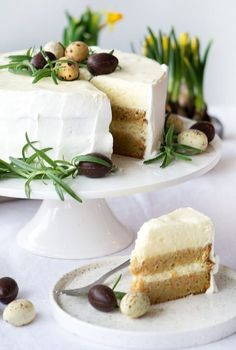 påskekage opskrift Easter Recipes, Dessert Recipes, Desserts, Sweet Coffee, Food Crush, Coffee Cake, Let Them Eat Cake, Vanilla Cake, Baked Goods