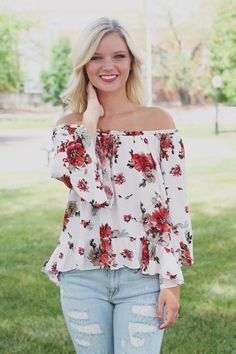 Floral Bell Sleeve Off the Shoulder Ruffle Hem Top – UOIOnline.com: Women's Clothing Boutique