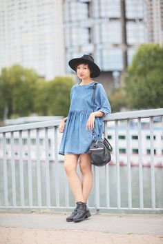 qt and not super sticky Jeans Et T-shirt, Jeans Denim, T Shirt And Jeans, Look Fashion, Autumn Fashion, Fashion Outfits, Street Style, How To Look Pretty, Dress To Impress