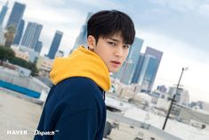 """Visual god"" Mingyu (Seventeen) shines brightly in LA Woozi, Wonwoo, Jeonghan, Kim Min Gyu, Adore U, Mingyu Seventeen, Seventeen Wallpapers, Pledis 17, Korean Star"