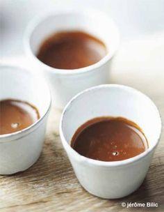 Chocolat chaud épais aux épices - Chocolat : nos recettes réconfortantes - Elle à Table