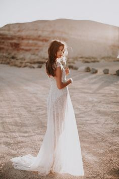 Anna Campbell Sydney Dress | Vintage-Inspired hand-embellished sequin wedding dress for bohemian bridal beauty.
