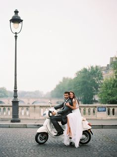 Chloe and Jean's Paris Elopement by Angela Shae Photography Parisian Wedding, French Wedding, Wedding Photoshoot, Wedding Shoot, Wedding Ideas, Wedding Album, Wedding Blog, Wedding Decorations, Wedding Photo Inspiration
