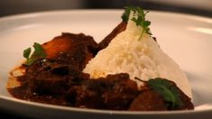 Durban's Finest Lamb Knuckle Curry - Demand Africa