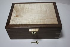 Locking Walnut Curly Maple Wood Box For Sale