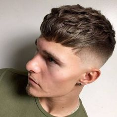 The French Crop Haircut: 50 Ideas for a Dash of European Style! - Men Hairstyles World Cool Hairstyles For Men, Hairstyles Haircuts, Haircuts For Men, Office Hairstyles, Anime Hairstyles, Stylish Hairstyles, Hairstyles Videos, School Hairstyles, Crop Haircut