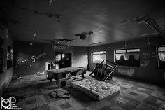 Abandoned 2017 #urbex #urbanexploration  #cork l #abandonedplaces #abandonedbuildings #beautyindecay  #abandonedporn #abandoned #exploring #restoration #ruralexploration #paint #trailblazers_urbex #TBT #urbanexplorer #hdr #urbexphotography #urban_decay #urbex_supreme #instaireland #ic_urbex #ig_captures_decay #Irish #Ireland #derelict  #beautyindecay #decor #tv_urbex #creepy #horror #aadexplore