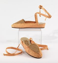Ferragamo 1947-50 Ferragamo was the first manufacturer and designer to bring Italian shoes to the forefront of the footwear industry. Ferrogamo pioneered the development of the wedge heel and platform sole in the 1930s.