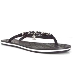 Pre-Owned Chanel Sport Beach Chain Thong Sandals Sz 34.5 Nib Quilted... ($616) ❤ liked on Polyvore featuring shoes, sandals, black, leather shoes, sports sandals, flat thong sandals, chain sandals and black shoes