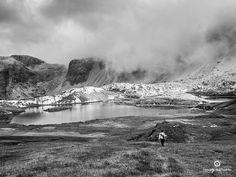 nuvole e laghi in alta montagna: la magia continua della Piana dei Laghi, presso il rifugio Locatelli, Tre Cime di Lavaredo