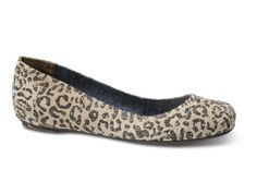 Gisele Suede TOMS Flats...LOVE the animal print!