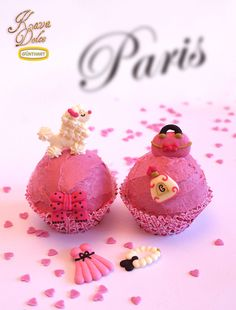"Sugar France Set for Cupcakes with with classical french decorations. / Zucker Set ""France"" für Cupcakes mit klassischen französischen Motiven. Kava Dolce Collection by Günthart"
