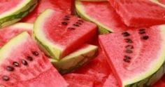 Η δίαιτα με το καρπούζι! Έτσι θα χάσετε 5 κιλά σε 7 ημέρες! Diuretic Foods, Watermelon Pickles, Dietas Detox, Detox Foods, Flat Belly Foods, Healthy Snacks, Healthy Recipes, Blood Pressure Remedies, Nutrition