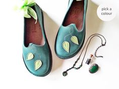 Hey, I found this really awesome Etsy listing at https://www.etsy.com/uk/listing/479355464/everyday-comfort-shoes-thimble-handmade
