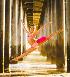 Maddie Ziegler my dance idol. I really wish I could meet her