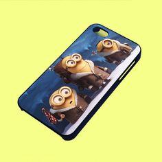 Minions in Antartica Phone Case