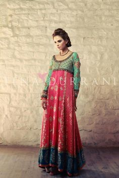 #Pakistani fashion, dress by teena durani  Repinned by:Betandallas  www.sunnDu.com