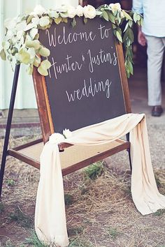 How this small-budget wedding got every detail right