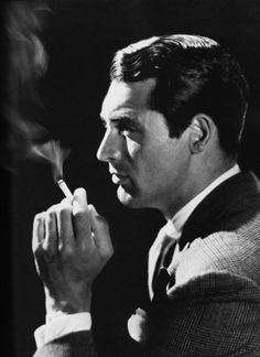 wehadfacesthen:  Cary Grant, 1933, photo by John Engstead