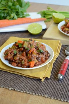 Vegetarian Quinoa Chili - with lime, cilantro, and your favorite vegetables