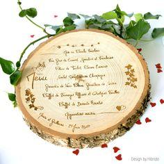 Menu mariage gravure bois id al pour c r monie champ tre Restaurant Identity, Menu Restaurant, Business Card Design, Creative Business, Business Cards, Wedding Menu, Wedding Day, Wedding Ceremony, Menu Design