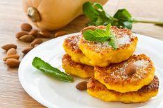 Dýňové lívanečky – COOP Club Croissants, Pancakes, Chocolate Caliente, French Toast, Treats, Cooking, Breakfast, Sweet, Recipes