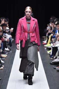 Facetasm Tokyo Fall 2015 Collection Photos - Vogue