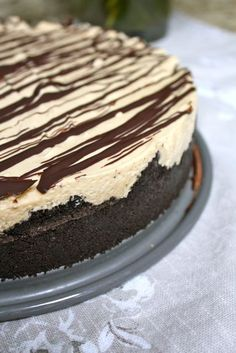 No bake peanut butter surprise pie. This website can do no wrong. There are so many delicious baked goods.