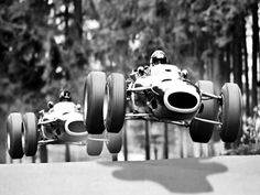 Catch me if you can !  Jackie Stewart and Graham Hill - BRM - Nurburgring Nordschleife - 1966