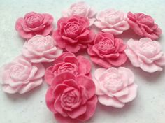Edible sugar peonies / open roses cupcake toppers, cake  decorations, ideal for wedding cakes and birthday cakes. 50 flowers. by MTBCakeDecorations on Etsy https://www.etsy.com/listing/197734505/edible-sugar-peonies-open-roses-cupcake