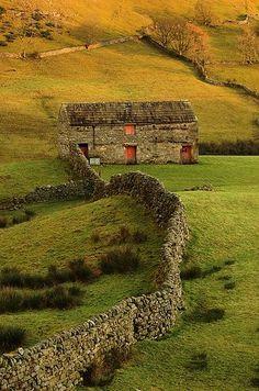 Swaledale, North Yorkshire, England