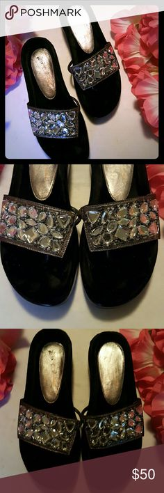 "Donald J Pliner Jeweled Black Thong Sandals Adorned with clear stones and beads on top of a leather upper. Plush velvet footbed. 7/8"" platform and 1.5"" heel. Very good pre loved condition. There are very light toe imprints on footbed. Made in Italy. Pewter color Donald J. Pliner Shoes Sandals"