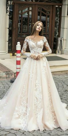 Moderne Brautkleider Liretta 2018 - wedding - Brautkleid 2019 - Brautkleid a linie - brautmode Wedding Dresses 2018, Bridal Dresses, Dresses Dresses, Sleeve Wedding Dresses, Event Dresses, Dresses Online, Vintage Wedding Dresses, Wedding Outfits, Mermaid Dresses