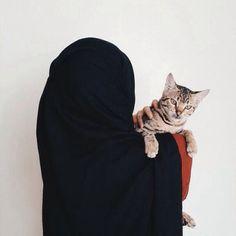 Image de cat, islam, and love Hijab Niqab, Hijab Chic, Mode Hijab, Hijab Outfit, Anime Muslim, Muslim Hijab, Arab Girls Hijab, Muslim Girls, Beautiful Muslim Women