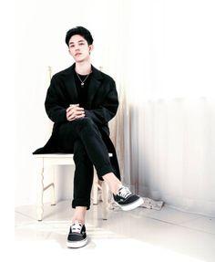Bongyoung Park Bongyoung Park, 1million Dance Studio, Respect Women, Best Dance, I Like Him, Down Hairstyles, Korean Actors, Korean Drama, Celebrity Crush