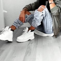 """Find and save images from the """"swag/fashion """" collection by eldominante (eldominante) on We Heart It, your everyday app to get lost in what you love. Tomboy Fashion, Fashion Outfits, White Timberlands, Swag Style, My Style, Timberland Outfits, Timbs Outfits, Timberland Style, Hipster"""