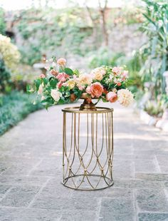 Bright blooms and gold accents, cascading florals, greenery & blush florals / Style me pretty