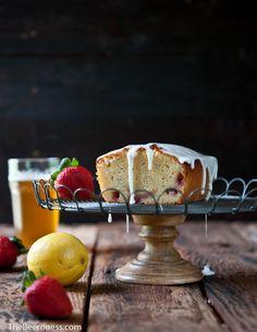 Strawberry Lemonade Beer Pound Cake