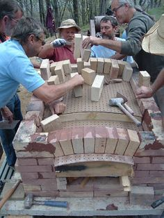 MHA News - 2005 Meeting - Commercial Pizza Oven Workshop with Pat Manley