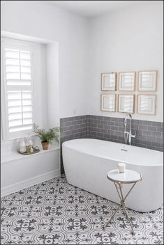 Before & After / Hurricane Harvey Project Living Room and Main Bathroom - Inspiration for Master Bath Renovation - . Gray And White Bathroom, Grey Bathrooms, Bathroom Gray, Shower Bathroom, Parisian Bathroom, Cream Bathroom, Shower Rooms, Minimal Bathroom, Bathroom Bin