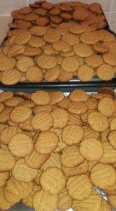 BOBAAS GEMMERKOEKIES 250 Cookie Recipe, Best Sugar Cookie Recipe, Best Sugar Cookies, Biscuit Recipe, Yummy Cookies, Cookie Recipes, Baked Donut Recipes, Baked Donuts, Waffle Recipes