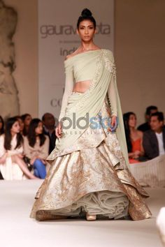 Indian Wedding Gowns, Blouse Designs, Dress Designs, Indian Lehenga, Engagement Dresses, Indian Designer Wear, Classy Dress, Contemporary Fashion, Party Wear