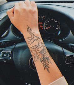 Image shared by ig: Find images and videos about luxury, tattoo and car on We Heart It - the app to get lost in what you love. Dainty Tattoos, Pretty Tattoos, Mini Tattoos, Cute Tattoos, Red Ink Tattoos, Body Art Tattoos, Small Tattoos, Hand Tattoos For Women, Girl Arm Tattoos