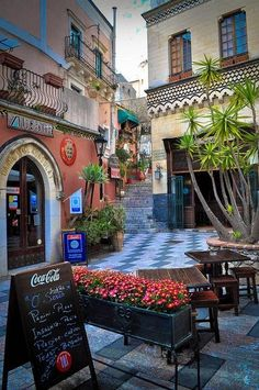 Medieval towers & alleys, cobalt streets, walkable island and for the grand finale a 2000 years old ancient theater... Welcome to  TAORMINA – ITALIAN PERFECTION IN SICILIAN FORM http://www.thebeautyoftravel.com/taormina-italian-perfection-sicilian-form