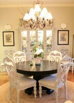 how to spray paint dining chairs refresh restyle this would be great in my dining room the black table and white chairs