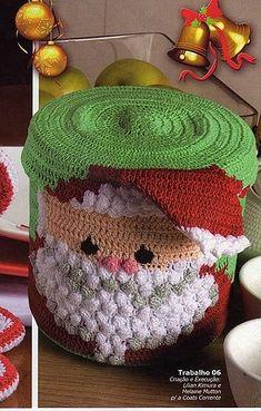 christmas craft ideas: crochet santa box, crochet patterns - crafts ideas - crafts for kids Crochet Santa, Christmas Crochet Patterns, Crochet Christmas Ornaments, Holiday Crochet, Noel Christmas, Christmas Items, Christmas Candy, Crochet Crafts, Yarn Crafts